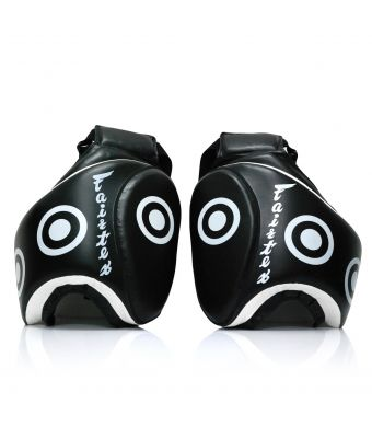 Fairtex Thigh Pads-Black-Free size